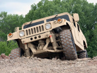 Oshkosh Customizes the HMMWV for Rough Rides